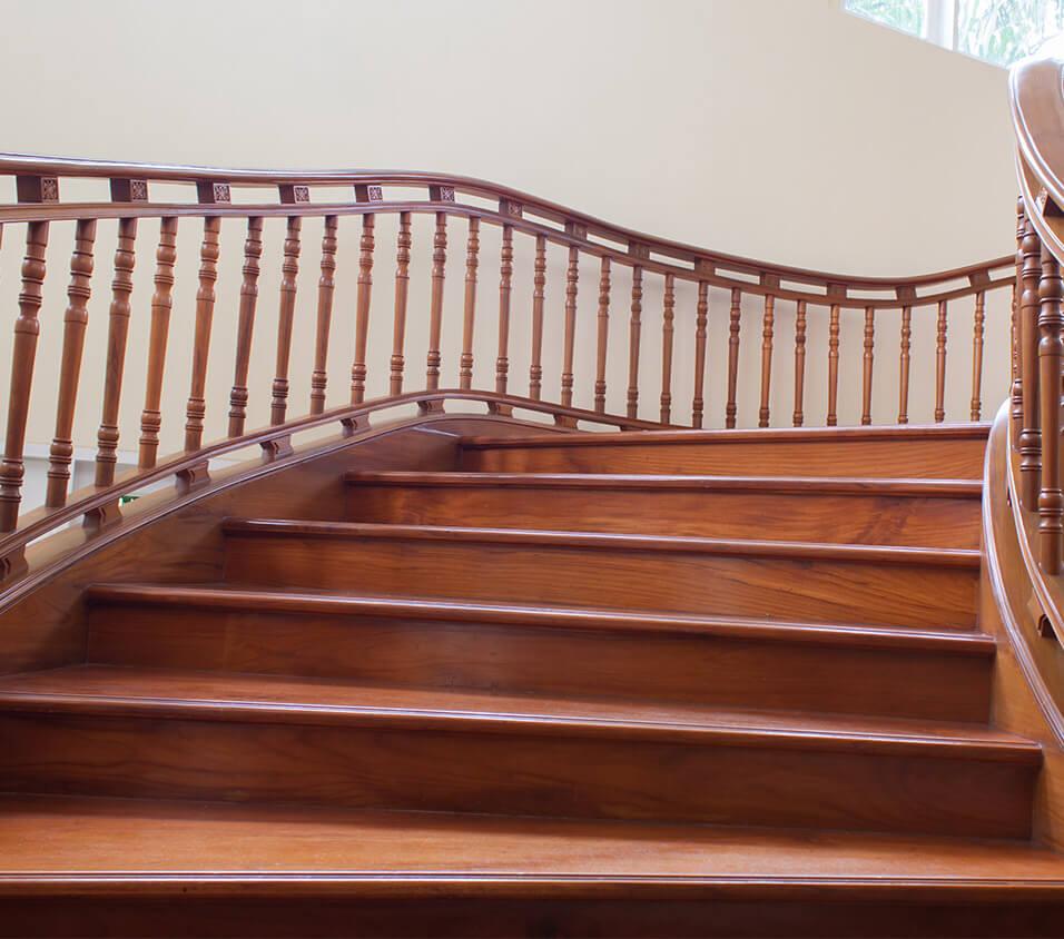Escalier bois Planchers Economiques